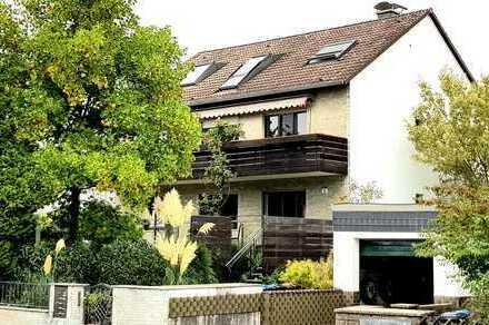 Okarben: schicke 4-Zimmer-Wohnung mit Südbalkon, EBK, teilmöbiliert