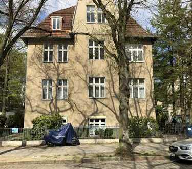 Gepflegte 5-Zimmer-Altbau-Wohnung mit Balkon/Loggia und EBK in Hermsdorf (Reinickendorf), Berlin