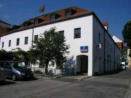 3-Zi-Stadtwohnung mit Dachterrasse
