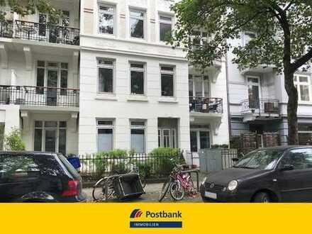 Keine Käufercourtage! Denkmalgeschützt! Sanierte 3- Zimmer Altbauwohnung im schönen Eimsbüttel!