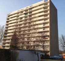 Renovierte 4 Zimmer Penthouse Wohnung ab sofort zu vermieten