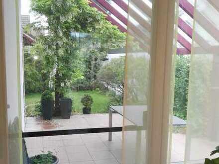 Gepflegtes Einfamilienhaus mit mehreren Zimmern und Einbaumöbeln in Graben-Neudorf, Graben-Neudorf