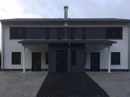 Schönes Haus mit acht Zimmern in Schwandorf (Kreis), Schwarzenfeld