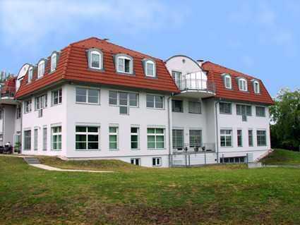 Traumhafte 2-Zimmer-Dachgeschoss-Wohnung in herrlicher Lage von Moritzburg