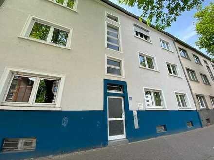 3 ZKBB Wohnung in Frankfurt zu verkaufen, Hochparterre mit Balkon & Garten