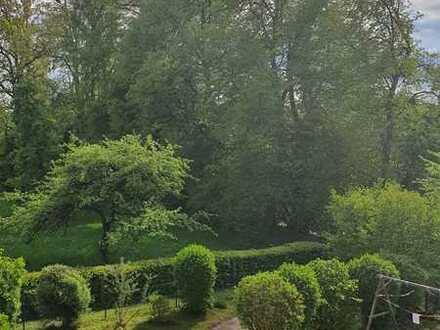 Zentral Wohnen - dennoch ruhig gelegen! Helle 3-Zimmer-Dachgeschosswohnung in Buchloe