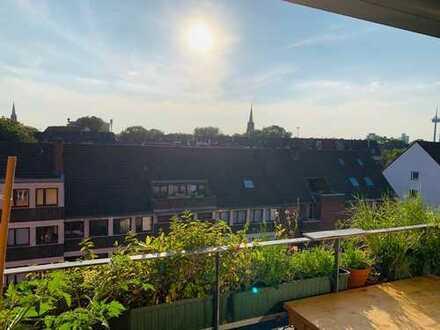 Schöne 3-Zimmer-Wohnung mit Balkon und tollem Ausblick im Griechenmarktviertel