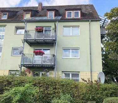 Sehr große 4 Zimmer Wohnung direkt am beliebten Südstadtpark