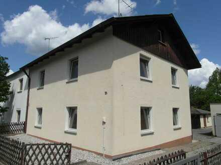 7-Zimmer-Doppelhaushälfte zum Kauf in Maxhütte-Haidhof, Maxhütte-Haidhof