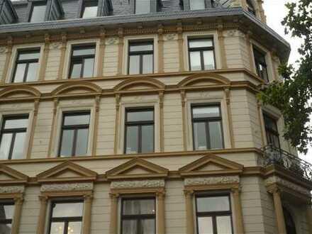 Exklusive, gepflegte 3-Zimmer-Wohnung mit Einbauküche BEFRISTET bis Oktober 2020, unmöbliert
