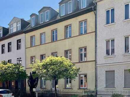 Helle, freundliche Altbauwohnung in der Neustadt