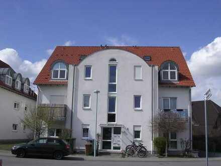 2 Zi-Wohnung mit Balkon