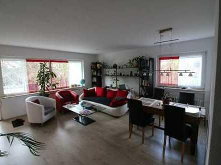 Schöne,helle, geräumige Wohnung in Brühl Zentrum mit großem Südwest Balkon