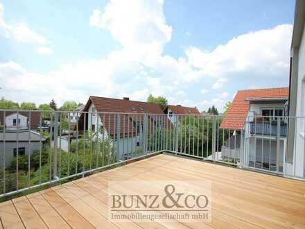 Erstbezug: Moderne Dachgeschosswohnung mit Süd-West Balkon