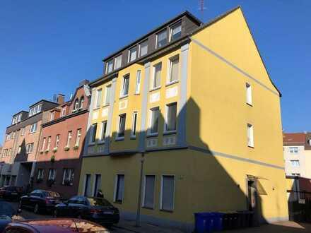 Vollständig renovierte 4-Zimmer-Wohnung mit Gartennutzung und neuem Bad in Gladbeck