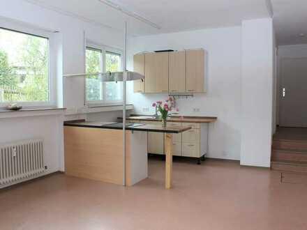 Geräumige, gepflegte, helle 2-Zimmer-Souterrain-Wohnung in Musberg