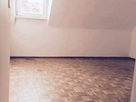 Tolle 2-Zimmer-DG-Wohnung mitten in der Würzburger City