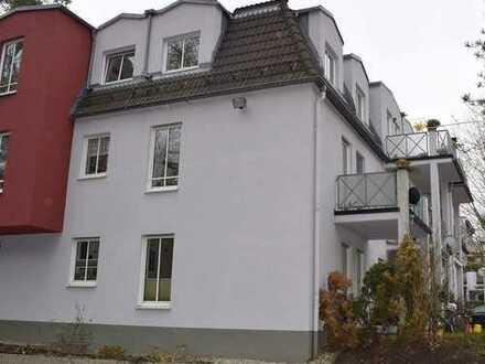 1-Zimmer-Erdgeschosswohnung mit Terrasse und Kfz-Stellplatz in Dresden-Bühlau