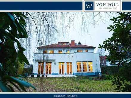 Villa am Waldrand in Bestlage