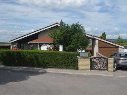 EFH mit ELW in bester Aussichtslage Erdmannhsn. 229 qm Wohnfl., 758qm Garten, 7 Min.S-Bahn