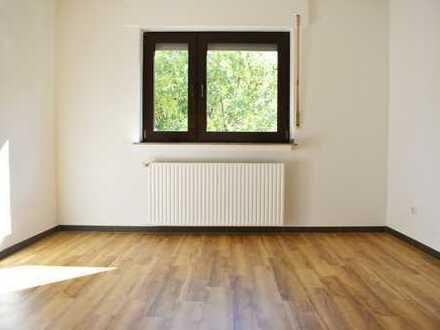 Erstbezug nach Sanierung: ansprechende 2-Zimmer-Wohnung mit Balkon in Dortmund! Provisionsfrei!
