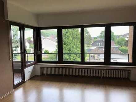 Helle, sehr ansprechende 4-Raum-Wohnung in Siegburg-Kaldauen