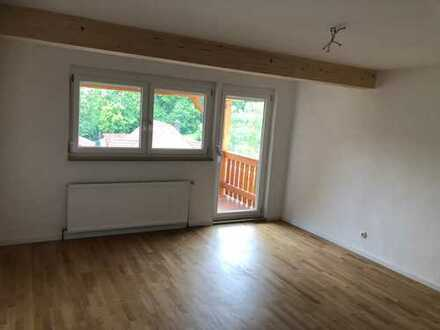 Schöne und sanierte 5-Zimmer-Doppelhaushälfte ohne Gartenanteil zur Miete in Achdorf, Landshut