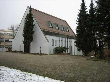 Ehemaliges Kirchengebäude in Stuttgart-Birkach zu vermieten!