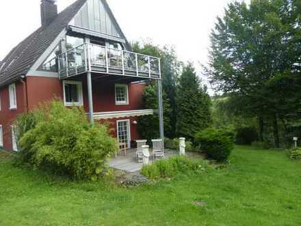 Etagenwohnung im idyllischen Bauernhaus, mitten im Grünen