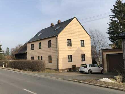 Familienfreundliches Einfamilienhaus mit Garage, großem Grundstück und viel Potential