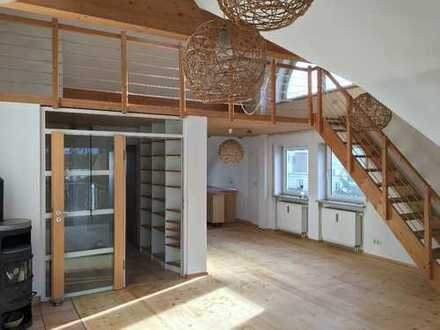 Wunderschöne, helle 5-Zimmer-Maisonette-Wohnung mit Balkon und Einbauküche in Germering