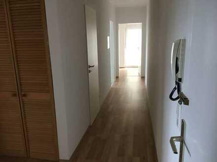 Helle 3-Zimmer-Wohnung mit Balkon in Eggenstein-Leopoldshafen
