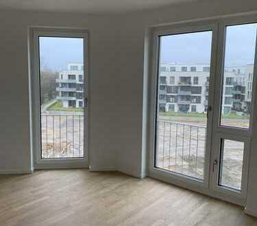 Erstbezug: schöne 2-Zimmer-Wohnung mit EBK und Balkon in Groß Borstel, Hamburg