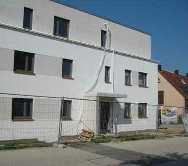**extra-immobilien** Neubau/Erstbezug - Gehobene 3 Zimmer Erdgeschoß-Wohnung in Moosburg