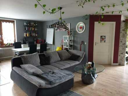 Helle, freundliche, großzügige Wohnung (93 m²) im Herzen von Beutelsbach