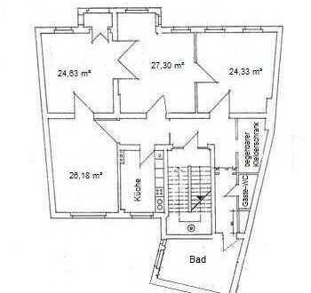 großzügige 4-Raumwohnung zentral gelegen (WG-geeignet)