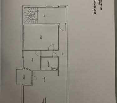 3-Zimmer-Dachgeschosswohnung mit Balkon und Einbauküche in Filderstadt