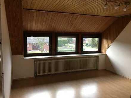 3 Zimmer Wohnung im Dachgeschoss mit Terrasse und EBK in Sandkrug