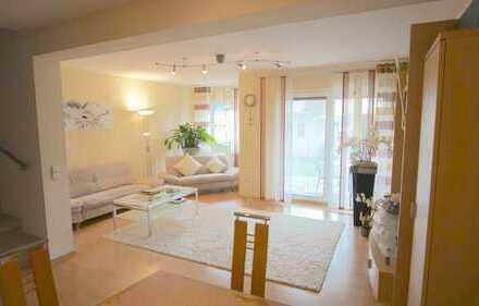 Sehr gepflegtes Haus in Stockstadt mit Garten und Garage