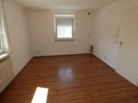 Gemütliche Wohnung mit zwei Zimmern in Erligheim