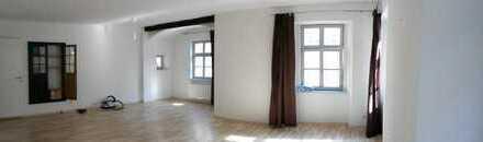 40m² Zimmer in schöner 3er WG mit Dachterrasse in der Ingolstädter Altstadt