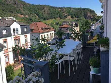 Gepflegte Wohnung mit vier Zimmern sowie Balkon und Einbauküche in Bad Kreuznach (Kreis)