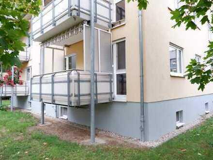TOP Whg. - Bad mit Wanne + Fenster - großer Balkon