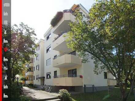 Bezugsfrei und gepflegt! 3-Zimmer-Wohnung mit drei Balkonen und einem Tiefgarageneinzelstellplatz