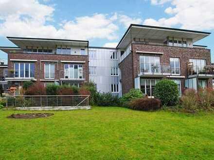 Bestlage Poppenbüttel: Moderne, barrierefreie 3- Zimmer Wohnung im Top Zustand mit Tiefgarage!