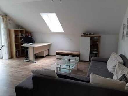 Freundliche 2-Raum-DG-Wohnung mit EBK und Balkon in Großberg