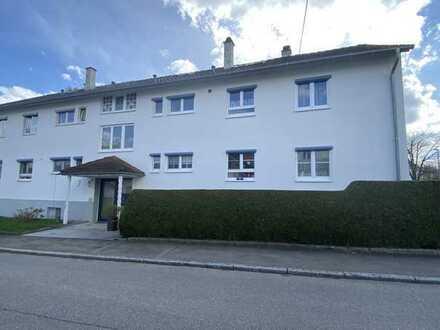 Renovierte 3 - Zimmer Dachgeschosswohnung in Reutlingen, sofort beziehbar