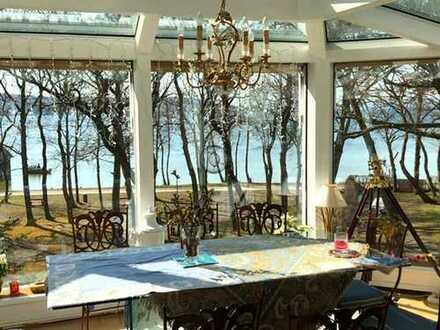 Penthouse-Flair in erster Seereihe: Großzügige 4-Zi-WHG in Herrsching am Ammersee