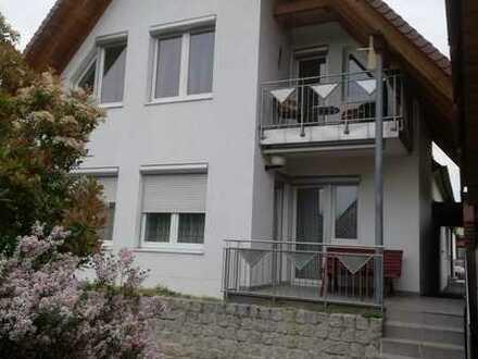 Schönes Haus mit sieben Zimmern in Nürnberg, Röthenbach West