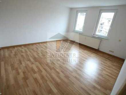 3 Raum - Wohnung im sanierten Zwei-Familienhaus in Münchenbernsdorf!